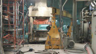 SACMI hydraulic press lifted and lowered