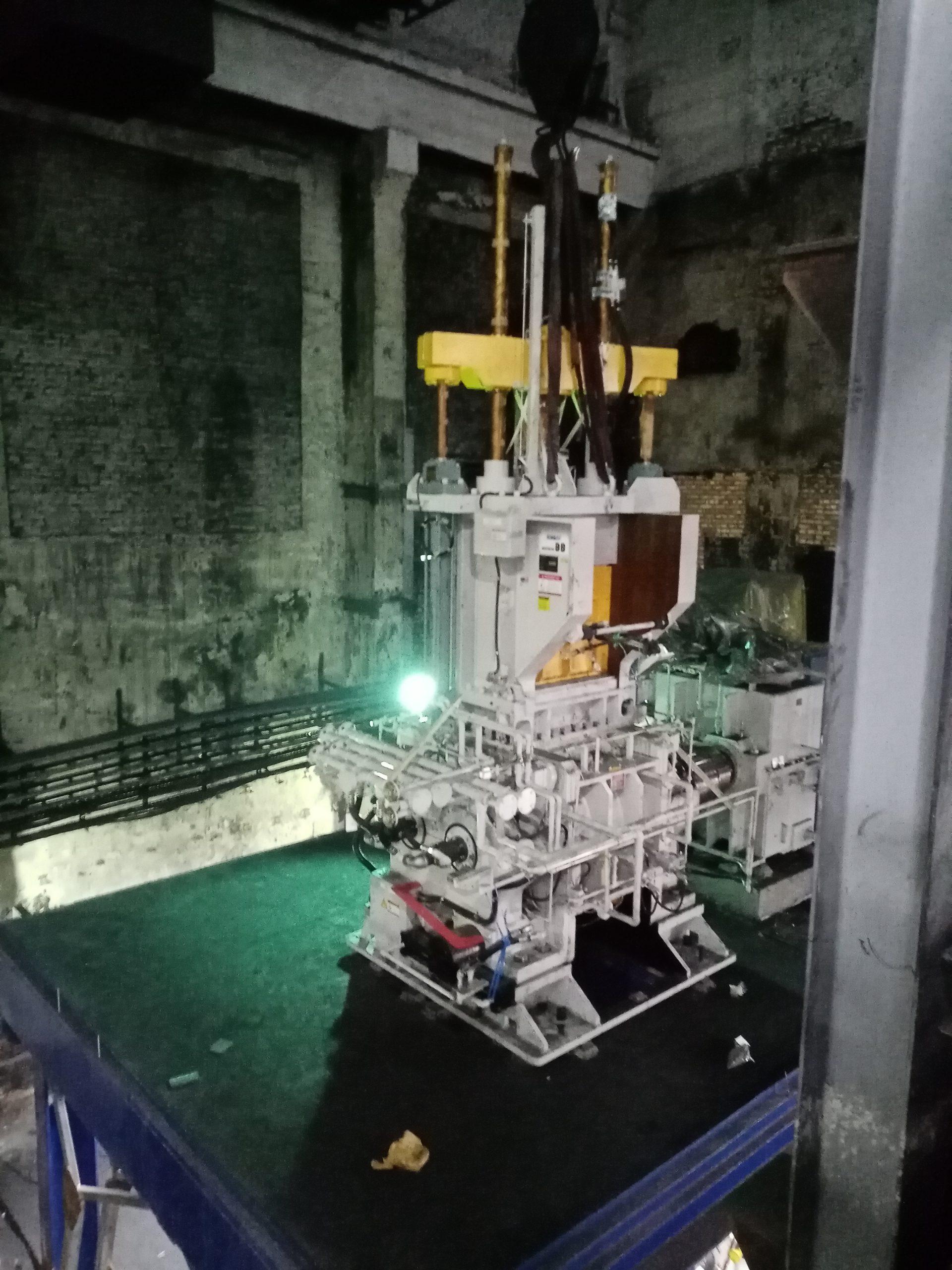 Механический монтаж резиносмесителя завершен