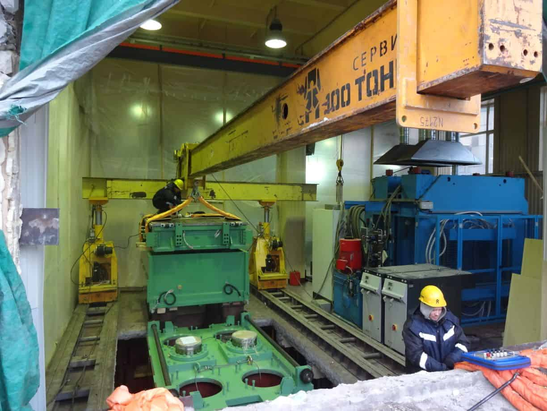 Перемещение оборудования в зону монтажа в ОАО НИИРПИ ЦФНТ