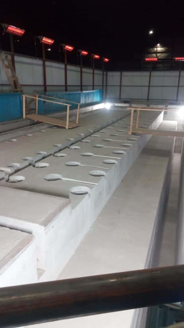 Подъем бетонного блока фундамента станка WALDRICH SIEGEN